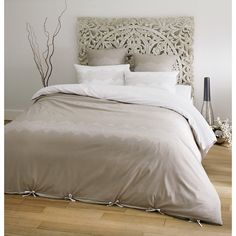 d co chambre on pinterest kerala red beds and neutral color palettes. Black Bedroom Furniture Sets. Home Design Ideas