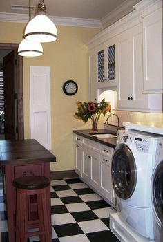 I've always been afraid to put in black and white checkered floors... but, it would WORK in the laundry room!