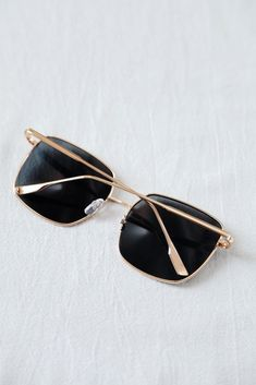 f5120e3b4beb9 Lea Sunglasses in Acetate and Metal - Céline