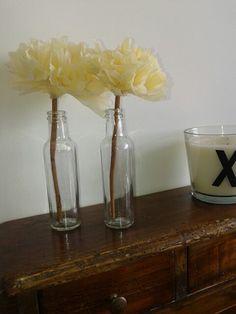 #pompon fiori di carta su bastoncino di cannella