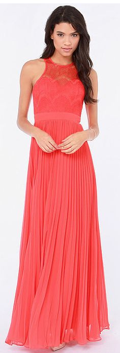<3 This is such a lovely dress for a prom!