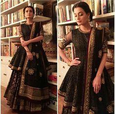 Looks Which Are Aww Adorable - AwesomeLifestyleFashion Black Lehenga Like Alia Black Lehenga would be super glamorous and . Indian Wedding Outfits, Bridal Outfits, Indian Outfits, Bridal Dresses, Flapper Dresses, Pakistani Bridal, Pakistani Dresses, Indian Dresses, Anarkali Dress