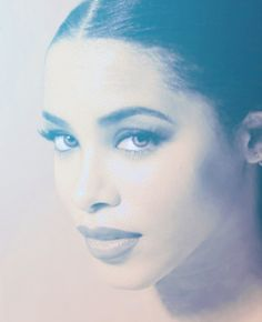 Aaliyah@Diamond 27