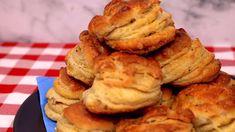 Ez viszi a prímet: Hajtogatott tepertős pogácsa - YouTube Apple Pie, French Toast, Breakfast, Youtube, Desserts, Food, Cakes, Morning Coffee, Tailgate Desserts