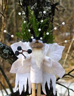 Twig and Toadstool: *Queen Winter* Found Love!