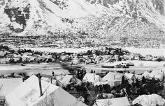 Miner's camp at the head of the Yukon River during the Klondike Gold Rush,1898.