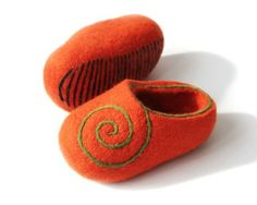 Hand Felted Baby Wool Slippers .  Orange with green ornament.. Size EU 26 -27 ready to ship.