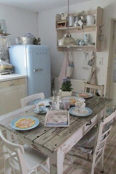 5 Outstanding Hacks: Shabby Chic Table Entry Ways shabby chic estilo.Shabby Chic Ideas Blush Pink shabby chic home cozy.Shabby Chic Home Cozy. Cocina Shabby Chic, Shabby Chic Mode, Estilo Shabby Chic, Shabby Chic Furniture, Shabby Chic Decor, Country Furniture, Pastel Furniture, Family Furniture, Dark Furniture