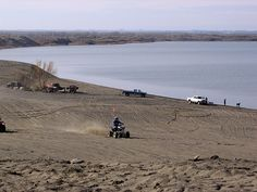 the dunes at moses lake were they ride camp and fresh water fish for free year around