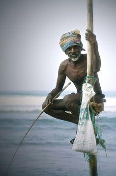 Sri Lankan fisherman, stay culturally in the know Sri Lanka Photography, Martin Luther King, Arugam Bay, Sri Lanka Holidays, Russia Saudi Arabia, Incredible India, Amazing, People Around The World, World Cultures