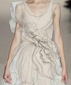 펜으로 그린듯 한 드레스