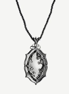 Lumoava Kuningatar Chocker, Arm Warmers, Feminine, Pendants, Bows, Pendant Necklace, Suits, Chain, Elegant