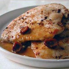 Sauteed Turkey Cutlets with Orange-Cranberry Pan Sauce by Cooking Light. The sauce also goes great with chicken breasts. Serve with a wild rice mix. Turkey Cutlet Recipes, Cutlets Recipes, Turkey Recipes, Chicken Recipes, Lean Protein Meals, High Protein Recipes, Protein Foods, Healthy Recipes, Delicious Recipes