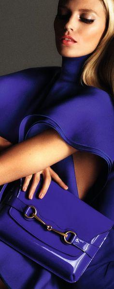 Gucci S/S 2013 Seguici diventa nostra fan ed entrerai nel mondo fantastico del Glamour  bags - Awesome color