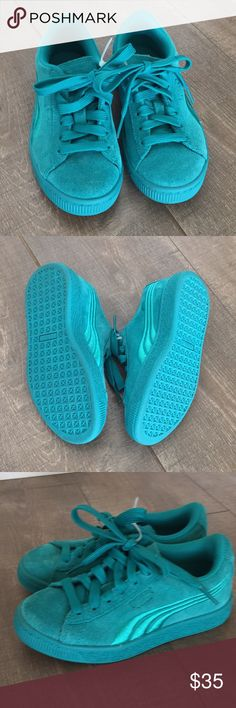 NWOB Girls Puma Tennis Shoes New without box, girls tennis shoes in the most adorable, perfect for spring teal colored tennis shoes. Aren't these adorable!!!   Bundle with my other listings for an additional discount Puma Shoes Sneakers