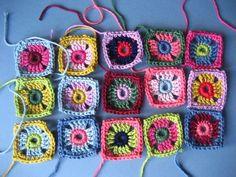 Tiny granny squares