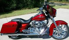 2009 Street Glide Hmmm inspiration. think I may top this though.