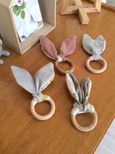 Hochets lapins - Anneaux de dentition Création Dans.ma.besace www.dansmabesace.com