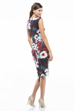 This Winter Floral Dress has it all: a front V-Neck featuring the detail winter floral is balanced with a cap sleeves and a midi skirt. The result is effortless, and super feminine. This Dress fits true to size.