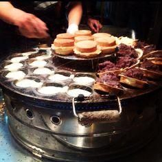 Taipei, Taiwan Wheel Cake, Taiwan Food, Street Food, Asian Recipes, Nom Nom, Tasty, Taipei Taiwan, Breakfast, Room Ideas