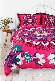 Bright and colorful Boho style bedding! My New Room, My Room, Dorm Room, Spare Room, Duvet Covers Urban Outfitters, Mandala Duvet Cover, Deco Boheme, Boho Home, Bed Styling