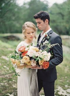 Photography : Michael and Carina Photography Read More on SMP: http://www.stylemepretty.com/little-black-book-blog/2017/01/13/autumnal-wedding-inspiration-by-a-river/
