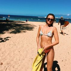 Alana Blanchard relaxing at the beach in her hometown of Kauai, Hawaii. Wearing the Spy Optic Cameo sunglasses with Happy Lens. Alana Blanchard, Surf, Honeymoon Attire, Travel Style, Travel Fashion, New Outfits, Fashion Forward, Bikinis, Swimwear