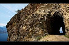 The Little Tunnel on the Kettle Valley Railway - Naramata, BC, Canada Places To Travel, Places To See, Sonora Desert, Vancouver City, Short Vacation, Vacation Memories, True North, Summer Travel, British Columbia