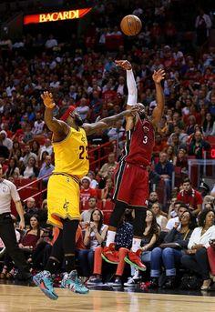 Dwayne Wade's jumper over Lebron