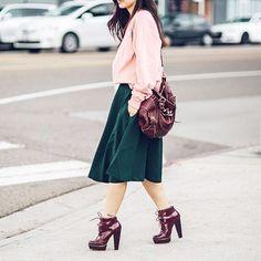 "204 Me gusta, 9 comentarios - Pink Martini (@mypinkmartini) en Instagram: ""@kangthropologie looking fabulous in our Hotline Swing Skirt Forest Green. 🚶🏻♀️"""