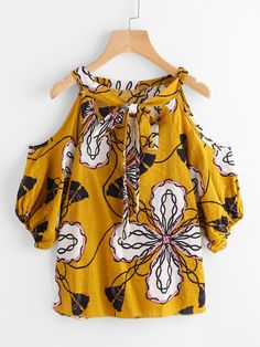 SheIn offers Open Shoulder Tie Front Ditsy Print Blouse & more to fit your fashionable needs. Summer Work Outfits, Simple Outfits, Girls Fashion Clothes, Women's Fashion Dresses, Blouse Styles, Printed Blouse, Look Fashion, Beautiful Outfits, Dress To Impress