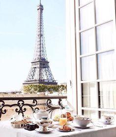 @ lovinghautecouture - Breakfast in Paris ❤️