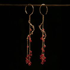 Vine 14K gold spiral earrings with ruby- noi