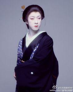 坂東玉三郎 Kabuki Actor Tamasaburo Bando