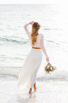 Crop top wedding dress | Shannon Kirsten Photography | see more on: http://burnettsboards.com/2014/11/naturally-beautiful-beach-bridals/