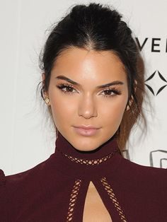 Fall Beauty Trends - Kendall Jenner's Major Lashes and Nude Lips | allure.com