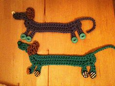 Easy pattern for a bookmark or applique.