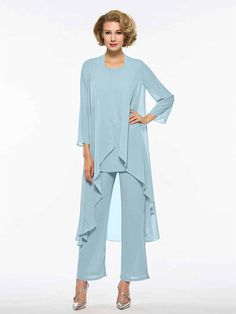 Two Piece / Pantsuit / Jumpsuit Jewel Neck Ankle Length Chiffon Mother of the Bride Dress with Ruching by LAN TING Express / Wrap Included 2019 - SFr. Bridesmaids And Mother Of The Bride, Mother Of Bride Outfits, Mother Of Groom Dresses, Brides Mom Dress, Wedding Pantsuit, Wedding Dress, Apple Shape Fashion, Dresses For Apple Shape, Elegant Dresses