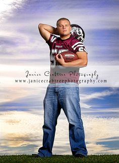 Senior Pictures, Janice Crabtree Photography, Columbus, Canal Winchester, Pickerington, Lancaster, Ohio, Senior Photographer, Lane Crabtree...good sports poses for senior photos
