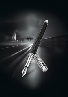 The Varius Rubracer by Caran d'Ache exploits the qualities of high-tech rubber with a spirit of sport and urban living that is unmistakably masculine.http://www.stonemarketing.com/caran-d-ache-varius-rubracer-fountain-pen