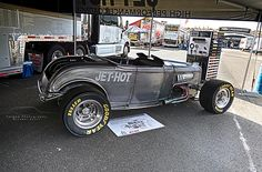 Fuller Hot Rods/Jet-Hot Double Down – '32 Ford Roadster   Forged Photography