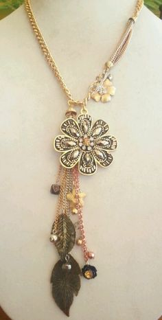 Stunning Western Charm Amber Flower Long Burnished Gold Tone Necklace 3