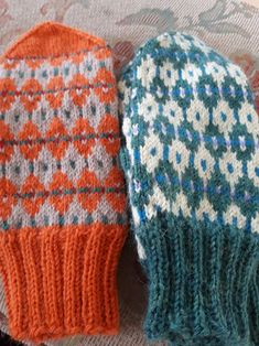 Knitted Hats, Gloves, Knitting, Winter, Winter Time, Tricot, Breien, Stricken, Weaving