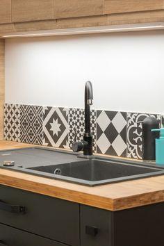 Mexican Kitchen Decor, Home Decor Kitchen, Kitchen Interior, Home Kitchens, Warm Kitchen, Kitchen Sets, New Kitchen, Interior Design Living Room Warm, Kitchen Models