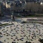 Tic Tac desmaia centenas de franceses em flashmob contra o mau hálito