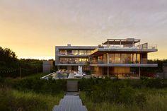 Casa con Terraza hacia el Océano / Stelle Lomont Rouhani Architects