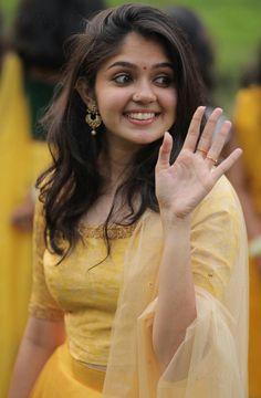 Beautiful Girl Indian, Most Beautiful Indian Actress, Young And Beautiful, Most Beautiful Women, Cute Beauty, Beauty Full Girl, School Girl Dress, Snake Girl, South Indian Actress Hot
