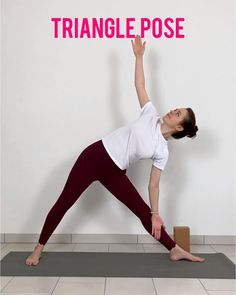 Yoga Videos For Beginners, Free Yoga Videos, Workout For Beginners, Vinyasa Yoga Poses, Easy Yoga Poses, Beginner Yoga Poses, Beginner Yoga Workout, Pilates Workout, Bloc Yoga