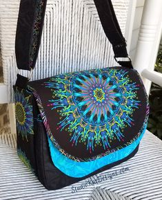 """This Flaptastic Bag was created using fabric from Paula Nadelstern's wonderful new collection, """"Wanderlust"""".  PPC15: Wanderlust 