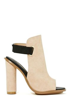 Shoe Cult Shields Up Sandal - Blush